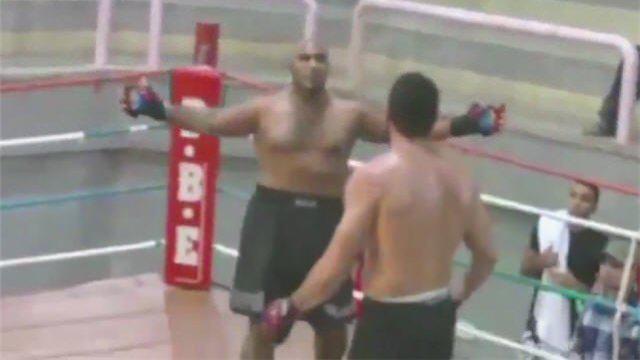 Kaxig MMA fighter KO'ed
