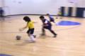 Duktig liten fotbollsspelare